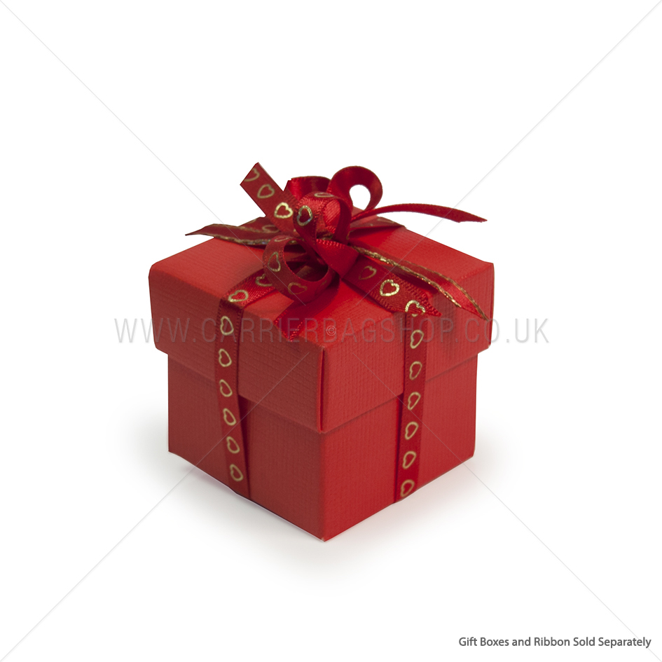 Red silk square gift boxes with lids packaging